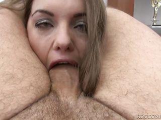 Секс порно видео глубокий глотка